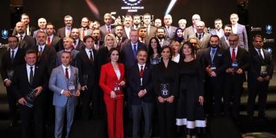 ATO Başkanı Baran, ödülünü Erdoğan'dan aldı